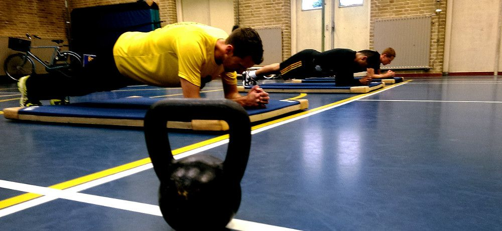 small group training haarlem planking
